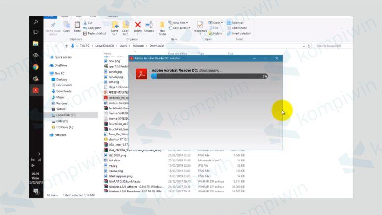 Installer akan Melakukan Proses Dowload Adobe Reader