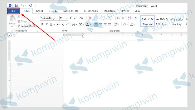 Klik menu bar File sebagai langkah awal memperbaiki Word yang corrupt
